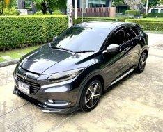 จองด่วนที่สุด Honda HRV 1.8E สีเทาดำ ปี 2016 ช้าอดราคานี้ รถสวยพร้อมใช้